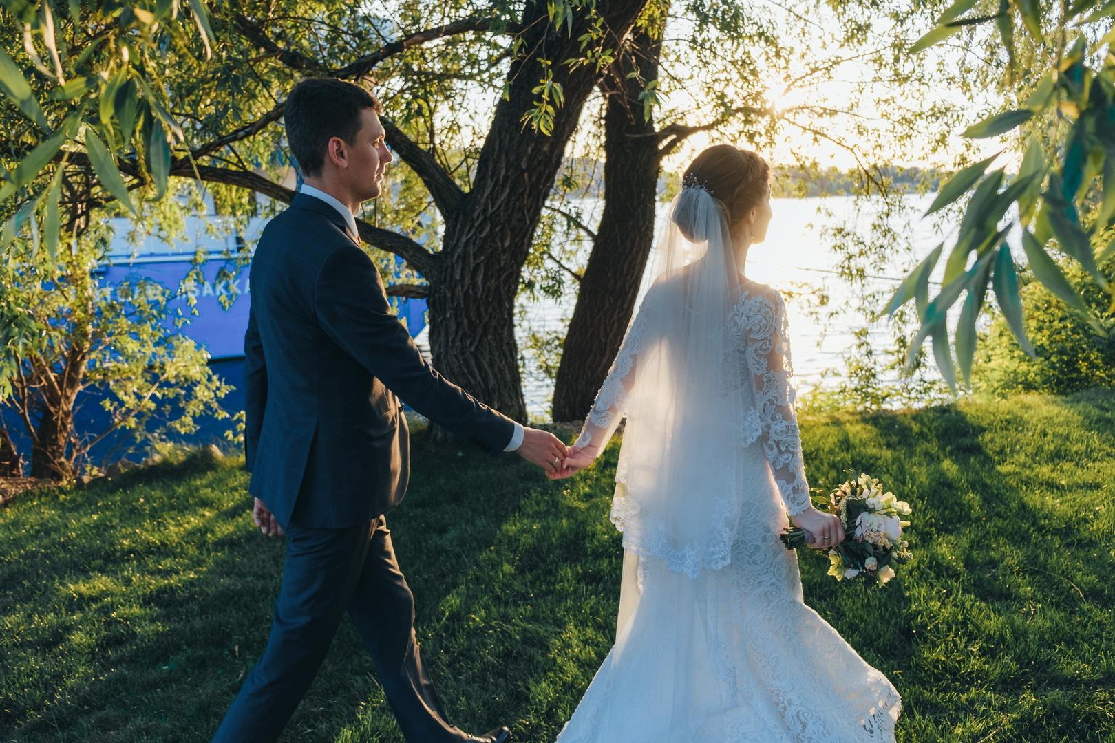 Свадьба на волнах Днепра